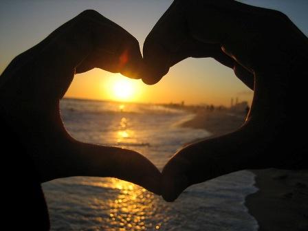 love__beach__sunset__by_danicafaye
